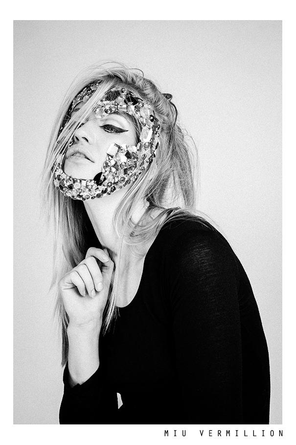 black and white dark fashion editorial by miu vermillion