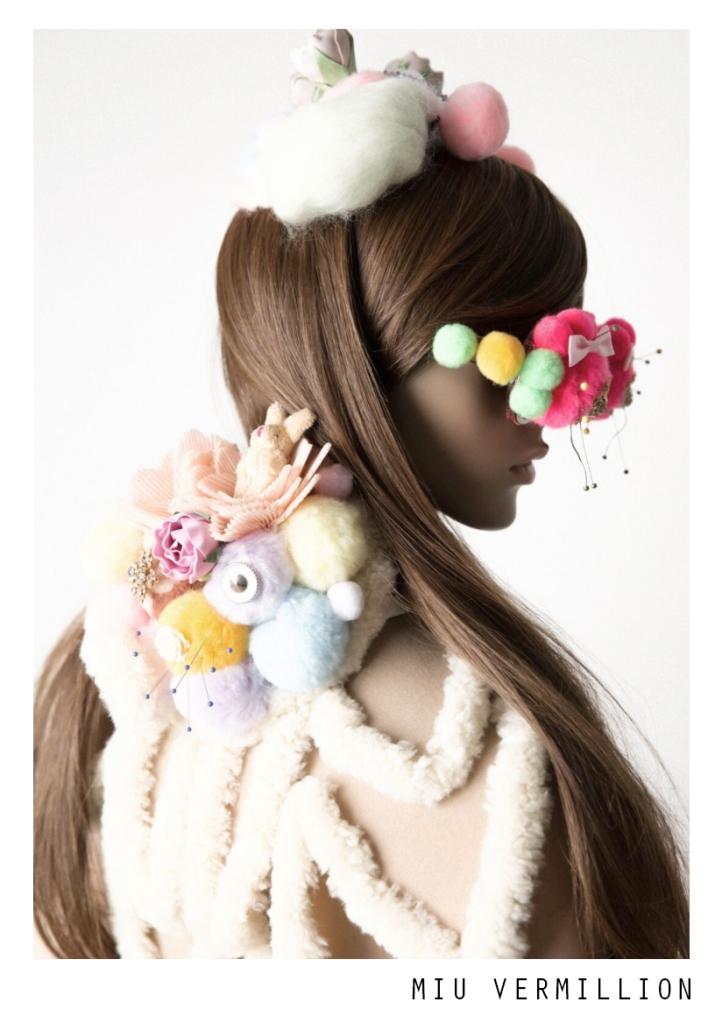 Plushchic Plastique 「プラスチック•プラスティック」 by Miu Vermillion for Lucy's Magazine