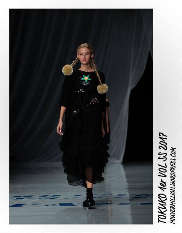 Tokuko 1er Vol - SS 2017 - Amazon Fashion Week Tokyo | Photographed by Miu Vermillion